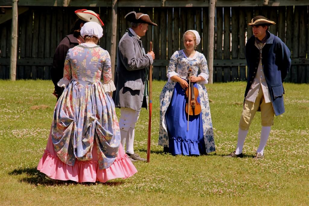 Photo of Colonial Guides at Colonial Michilimackinac in Mackinaw City, MI. © 2016 Frank Rogala.