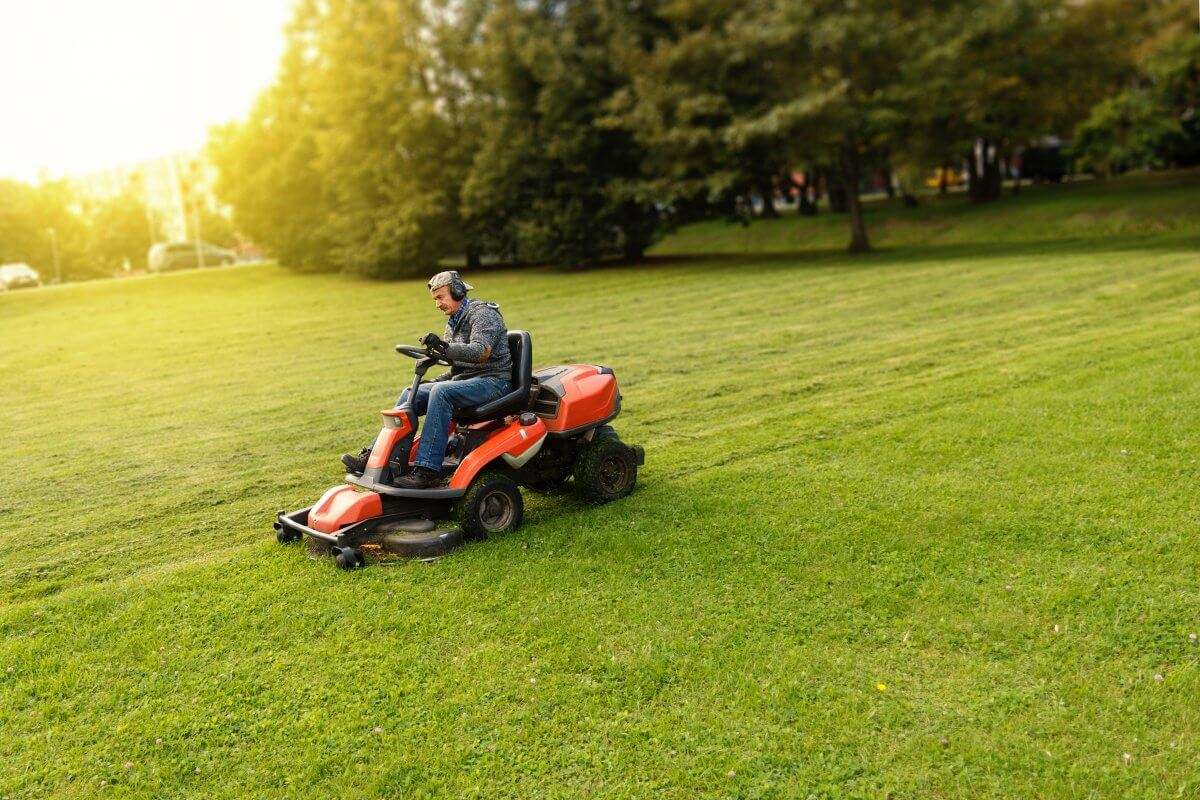 Grounds crew employees at The Mackinaw Club golf course may mow grass and do landscape maintenance.