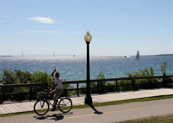 Photo of bicycles on Mackinac Island. © 2016 Frank Rogala.