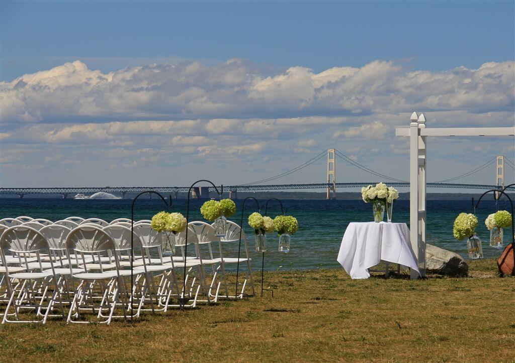 Photo of a wedding at Mackinaw Mill Creek Camping in Mackinaw City, MI. © 2016 Frank Rogala.